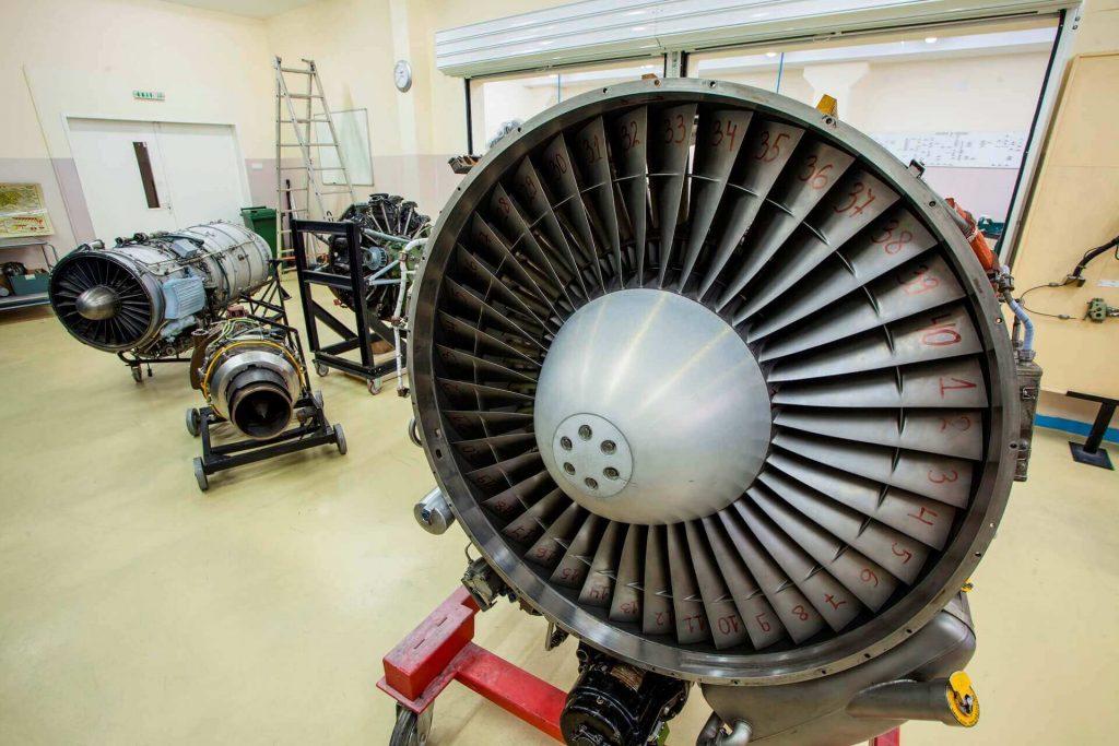 معرفی رشته تعمیرونگهداری هواپیما